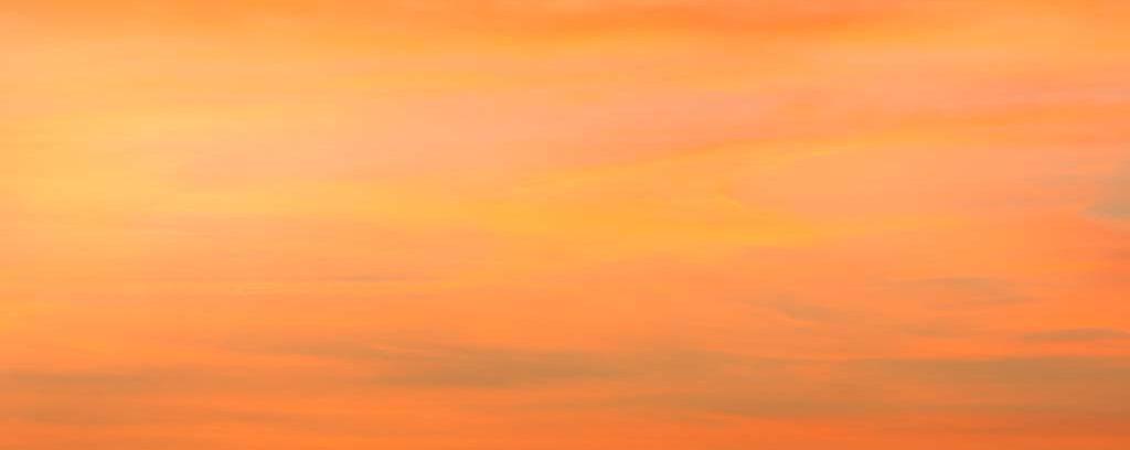 Welche Farbe hat der Himmel über Saarbrücken