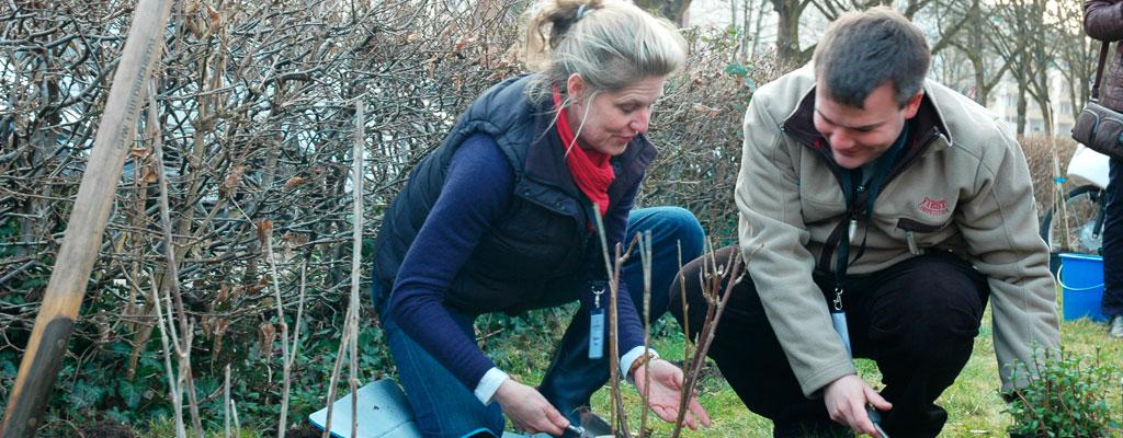 Bepflanzung Garten Eden mit Christian Heinz, Essbares Saarland – Bewegen Sie die Maus vom Bild herunter, um die Animation wieder zu starten